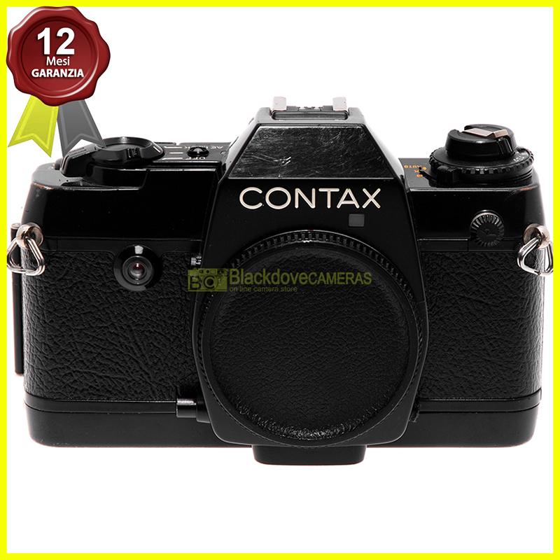 Contax 137 MD Quartz. Fotocamera reflex a pellicola. Macchina fotografica 35mm.