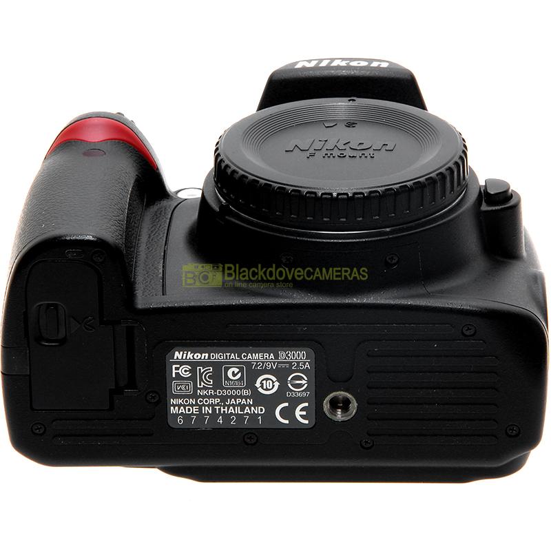 Nikon D3000 down